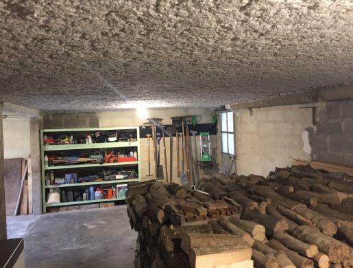 Isolation plafond garage flocage pateux thermique